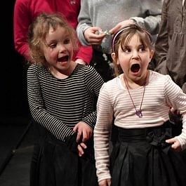 petites chanteuses - prestation des classes d'initiation musicale