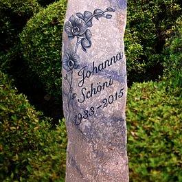 Urnengrabmal aus Azul Macaubas