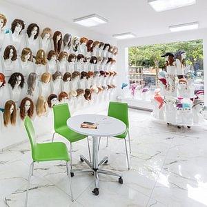 The Hair Center Aarau - Ein paar Farben und Modelle - Entrée