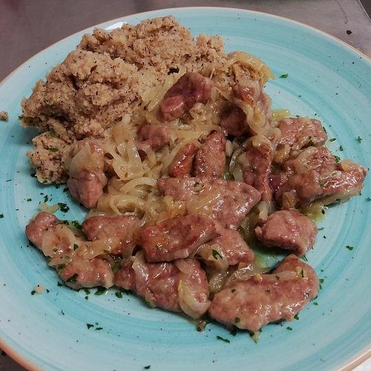 fegato di vitello alla veneziana con polenta