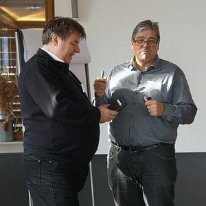 Bruno Haller (l.) und Walter Flessati (r.) geben Seminar zum Thema Selbstregulierung.