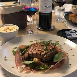 Sélection de vins espagnols, suisses, français et italiens