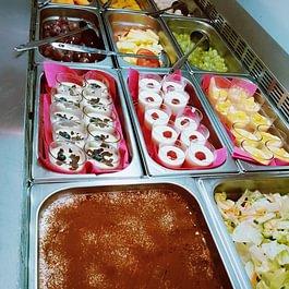 Buffet desserts à volonté. Asian Chen gare de Lausanne