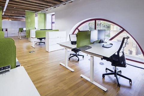 Büroeinrichtungen/Büroausstattungen