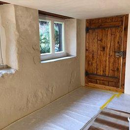 Gipsarbeiten und Tür Renovation (Nacher)