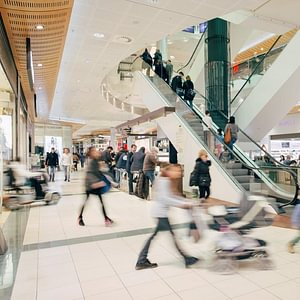 Innenansicht Shopping Center St. Jakob-Park