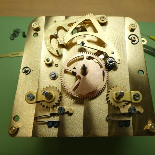 Atelier de réparation de montres et pendules de la Forge