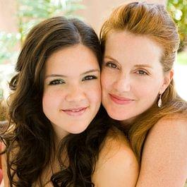 Mutter und Tochter Schminken oder Teenager Beauty-Birthday Event