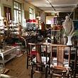 Galetas de Montreux : des meubles, des vêtements, de la vaisselle, une caverne d'Ali-baba de l'occasion