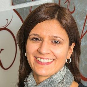 Frau Corinne Hühne-Tschumi, Fachfrau im Finanz- und Rechnungswesen mit eidg. FA
