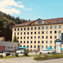 Wohn- und Geschäftshaus in Aathal-Seegräben