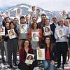 Internationaler Teamevent, Schnellzeichnerin, Karikaturistin für Mitarbeiterporträts als originellen Teamanlass