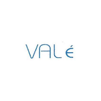 Valé, Etienne Valérie