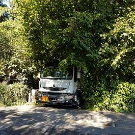 pour les accès difficiles, nous avons un petit camion