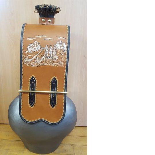 Cloche et toupin avec courroie pyrogravée