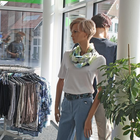 Geschäft - Mode Jordi - Utzenstorf