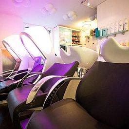Massagesessel mit Chromatherapie und Luftkissen Massage