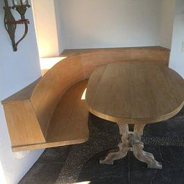 tavolo e panca in legno massiccio