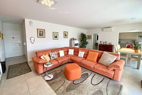 STABIO - vendesi elegante appartamento di 4.5 locali