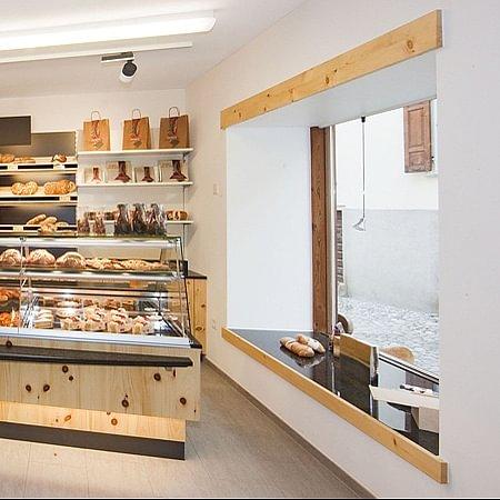 Bäckerei Konditorei Giacometti in Lavin