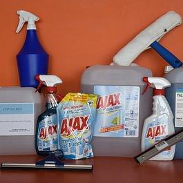 produits nettoyage et entretien vitres, sols, wc etc