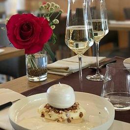 Le macaron crémeux, boule de neige et glace fleur de lait truffe