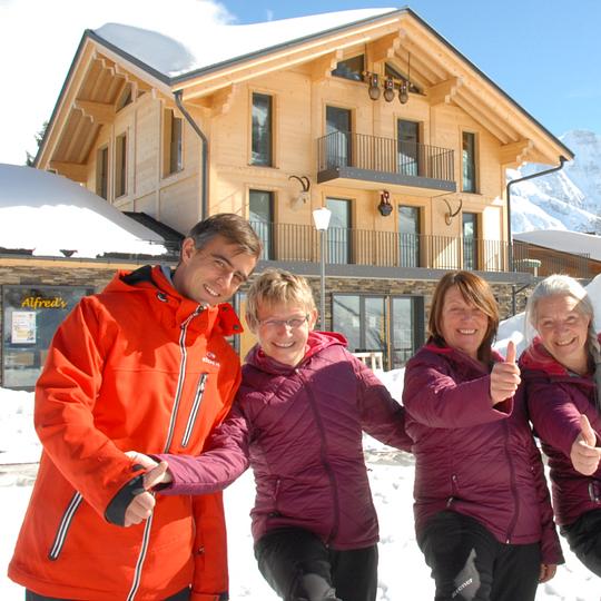Team Sportgeschäft / Ski & Snowboard Carvin Mürren