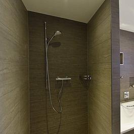 Badsanierung mit Einarbeitung von Wandnischen