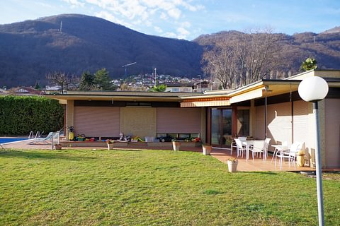Manno Grande villa signorile da rinnovare con giardino e piscina