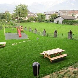 Lattion & Veillard / Paysagiste / Place de jeux et mobilier de jardin