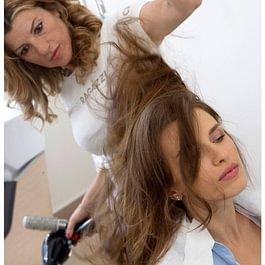 Il team CRLab si prende cura dei capelli
