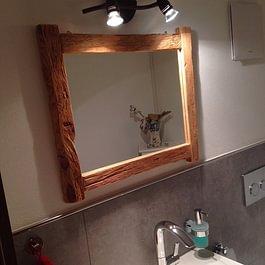 Spiegeleinfassung