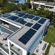 Flachdach-Photovoltaikanlage