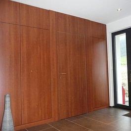 Armoire d'entrée et porte intérieure