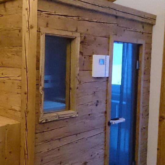 Altholzbau Sauna Reinstadler und Bebi AG Küblis
