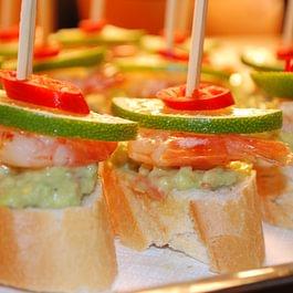 Unseren spanischen Köstlichkeitensind keine Grenzen gesetzt und die kleinen Portionen laden dazu ein auch mal unbekannte Dinge auszuprobieren.