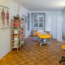 Ins Zentrum GmbH - Behandlungsraum 1