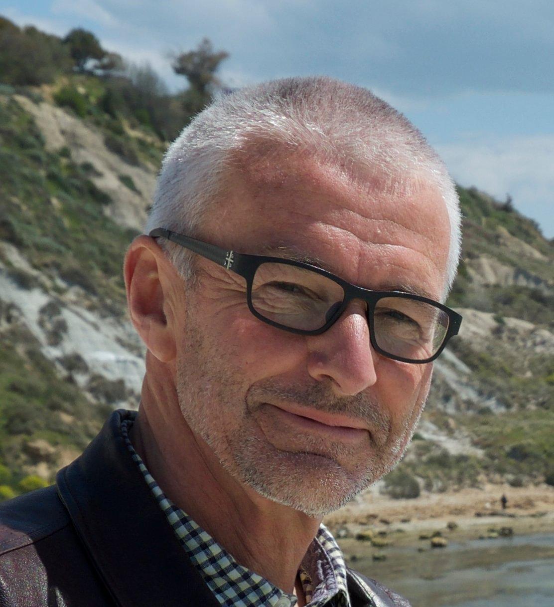 Dr. med. Martin Zingg