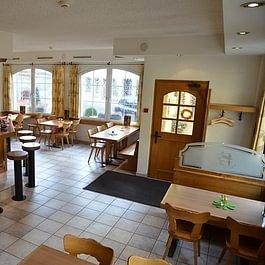 """Restaurant """"Höllenwein"""""""
