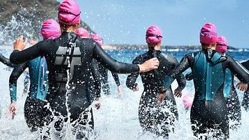 Schwimmen, Velofahren, Laufen - das sind die klassischen Disziplinen eines Triathlons.