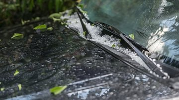 Hagelschaden am Auto