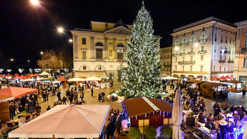 Natale in Piazza in Lugano. © shutterstock.com