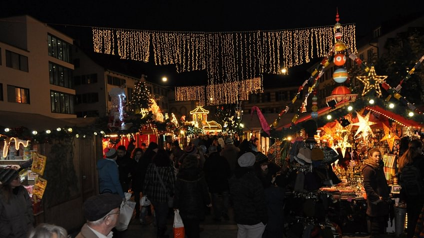 Weihnachtsmarkt in der Winterthurer Altstadt. © www.weihnachtinwinterthur.ch