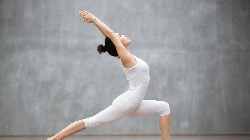Straffer Busen dank Yoga